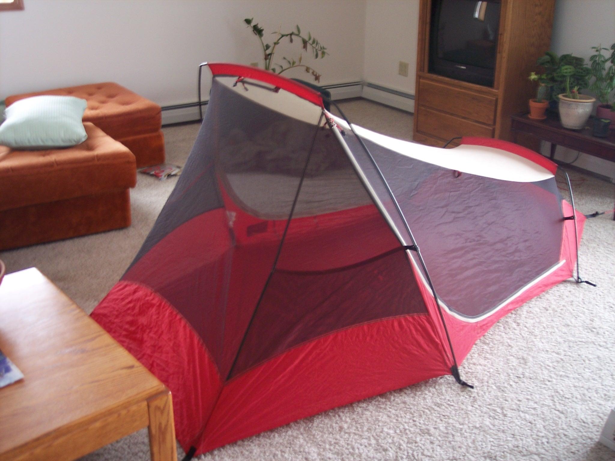 4563.thumb.jpg.dbad2aa8fb6890118d11271faabe3ecf.jpg & SOLD - Tent - MSR Zoid 2 - The Yard Sale - CascadeClimbers.com