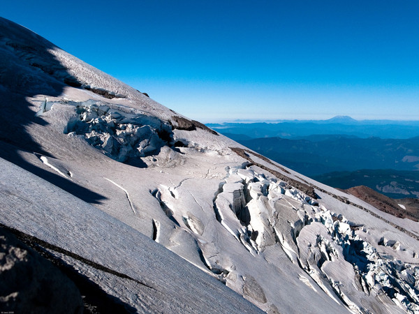 Eliot_Glacier_as_seen_from_Cooper_Spur_1_Oct_2010.jpg