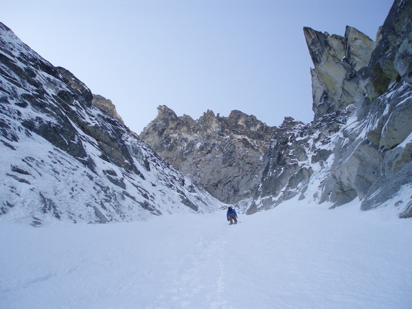 Triple_Couloirs_Dragontail_2014_028.JPG