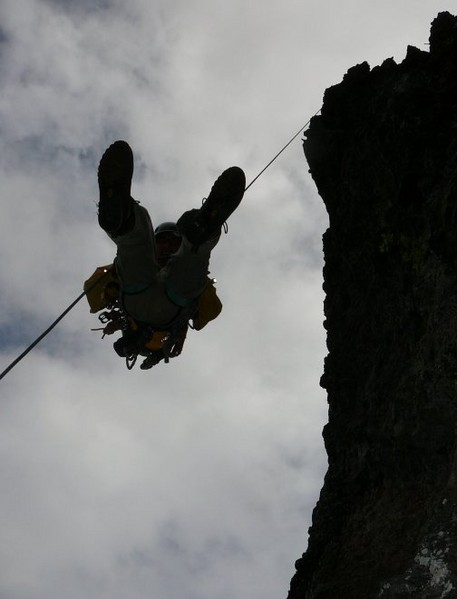 Ist_route_Cathedral_Formation_rappel_small_7_4_08.jpg