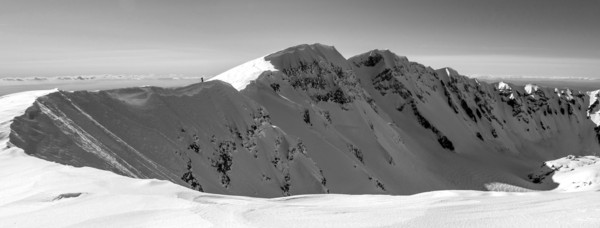 Mt_St_Helens_climber_pano_bw_small.jpg