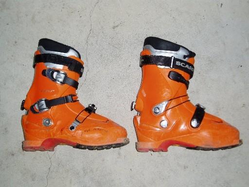507251-Boots.jpg.4e5e4dfca909e1e5927027044dd624a4.jpg