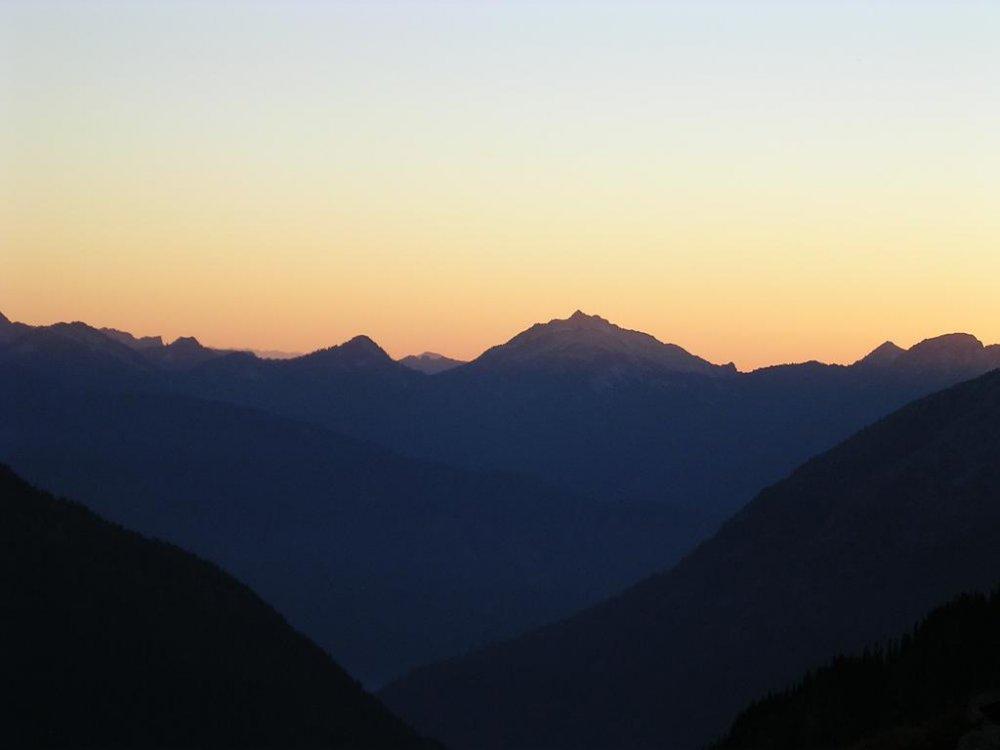 250176-mountains.thumb.JPG.8182a5c767a82f8b7f262e8478145e7d.JPG