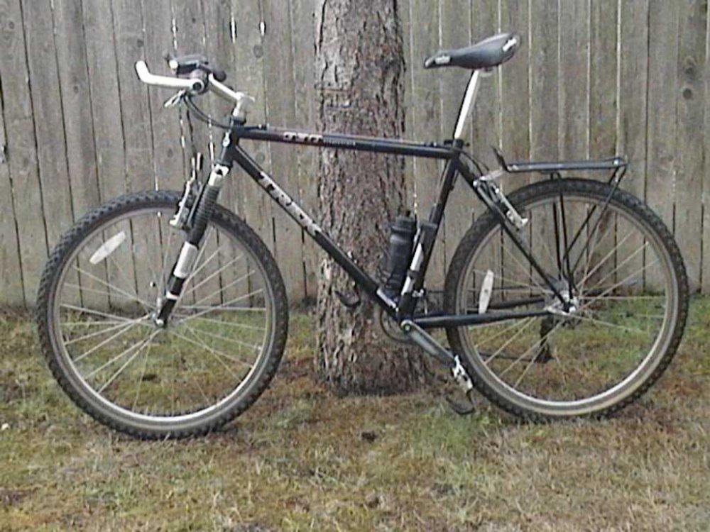 271843-bike1.thumb.jpg.624b90cc8db669f485c73367ad510988.jpg