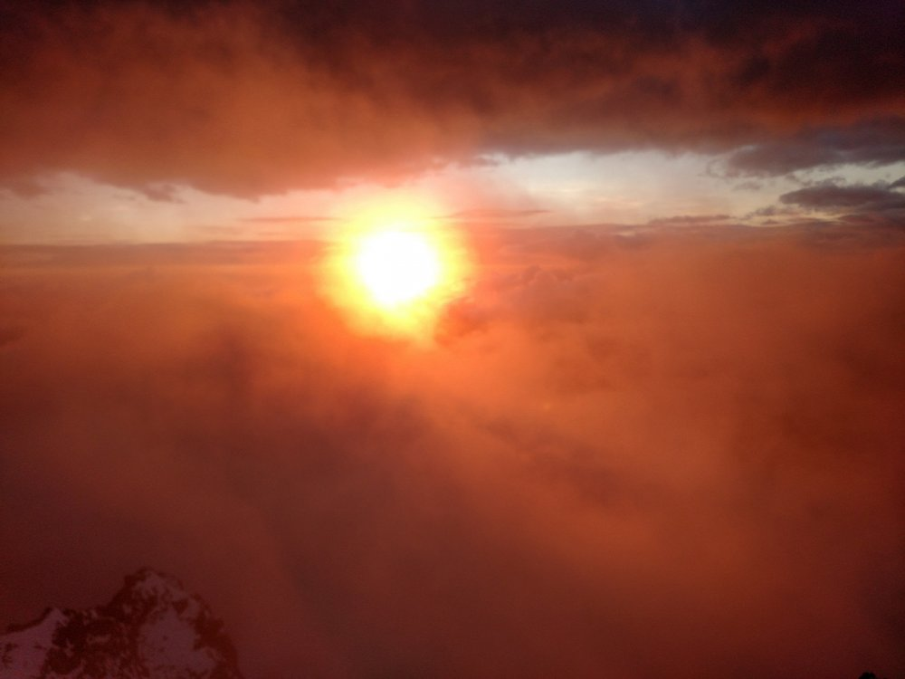 5aa0b8bb8be10_Sunsetfromtheledgecrosing.thumb.jpg.e8e76a7fa866615a748f9e4baa5e77ec.jpg