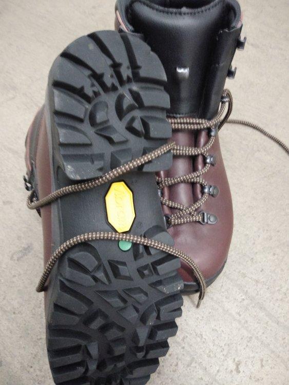 Scarpa boots 01.jpg