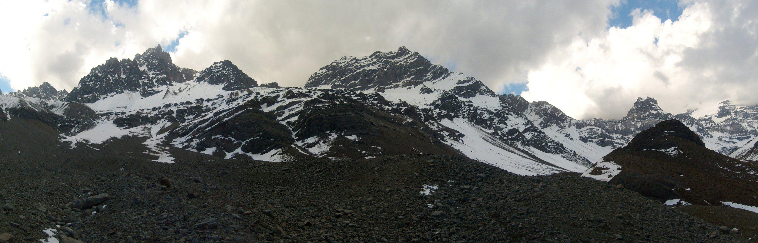 valle.thumb.jpg.d34e17ecdc7e7d61f855df16919e30af.jpg