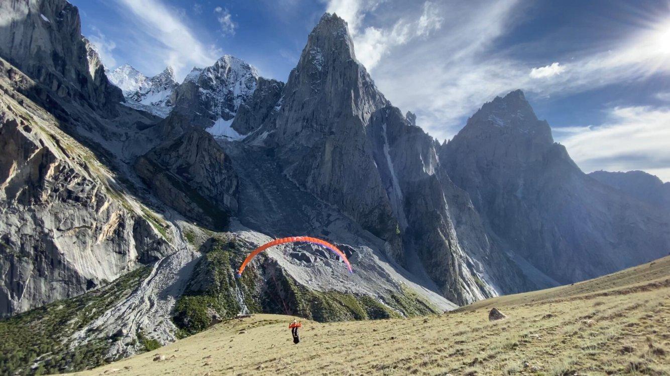 paragliding-2048x1152.thumb.jpeg.b235db7133af3da282593d653beaf321.jpeg